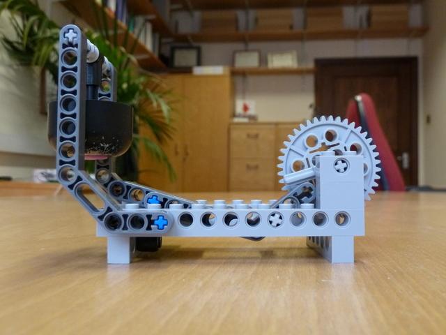 The magnificent modular clock